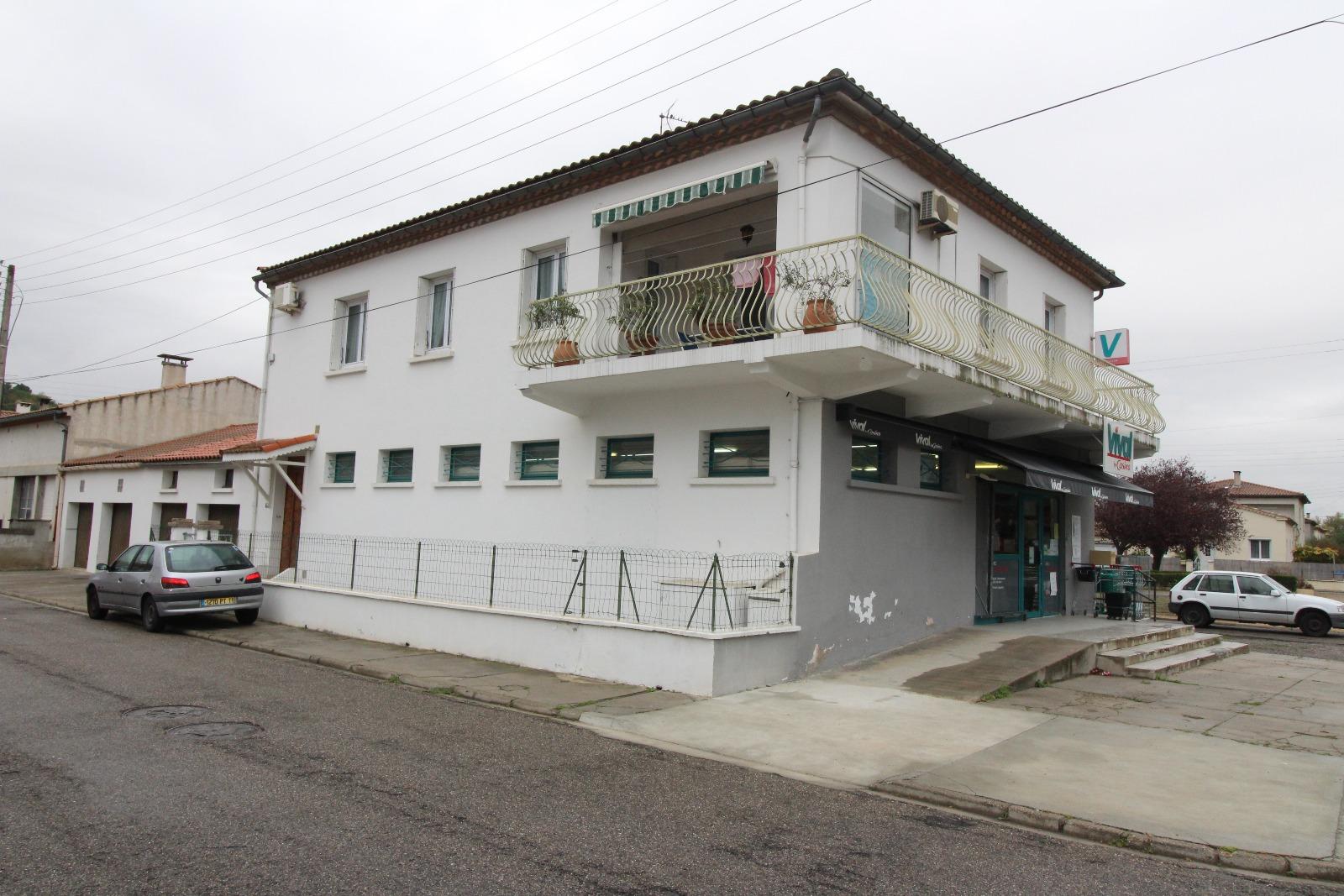 Vente limoux immeuble de rapport avec local commercial appartement t4 4 garages - Bureau vallee carcassonne ...