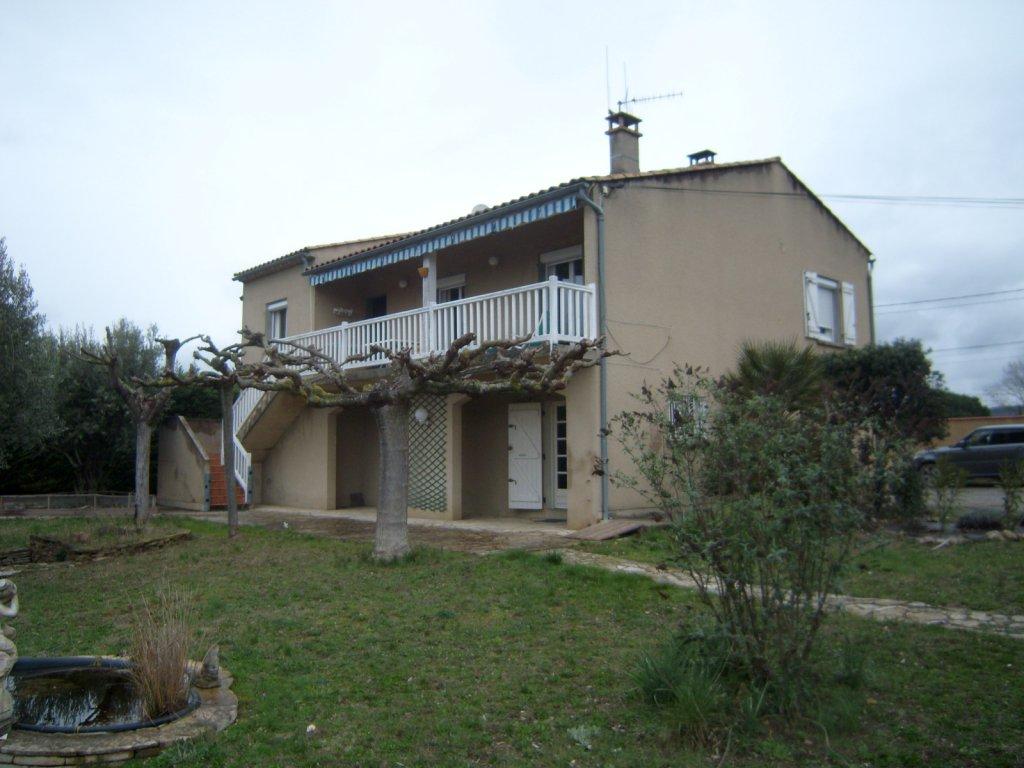 Vente village proche limoux grande villa avec d pendances for Vente piscine montreal