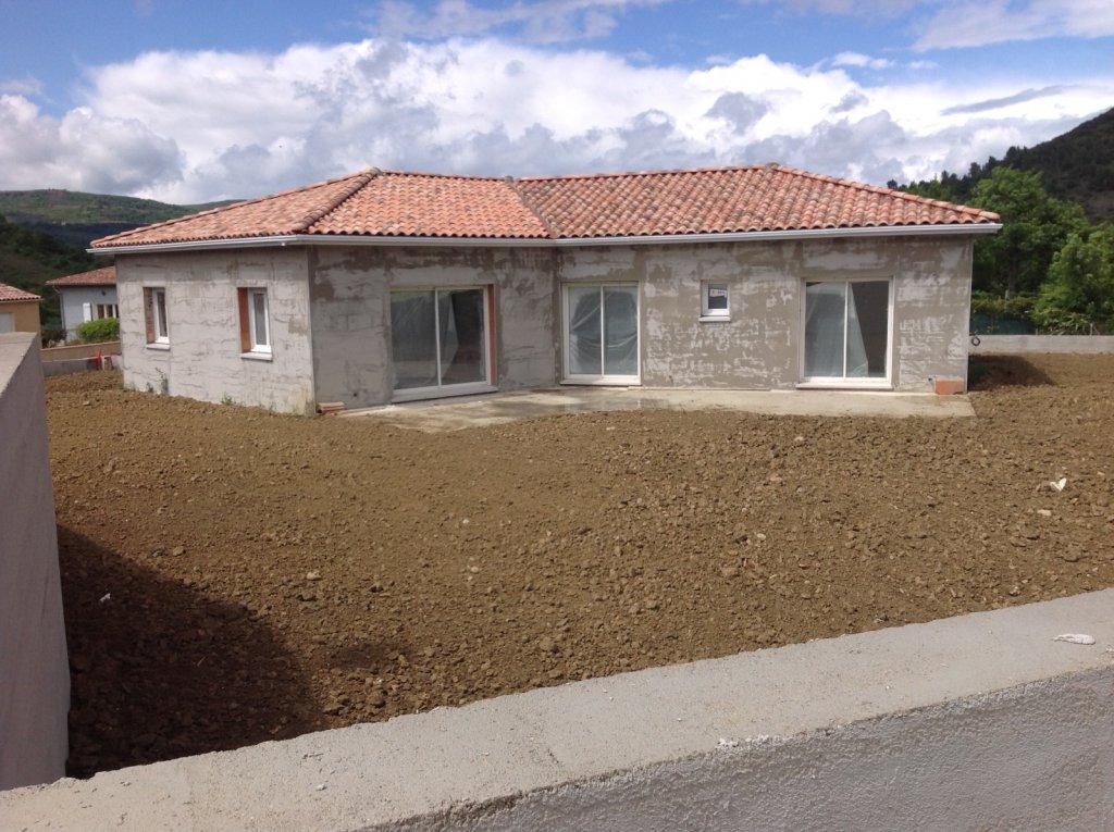 Vente haute vall e villa sur les hauteurs avec 4 chambres garage t sur les hauteurs villa de - Garage de la vallee pouzauges ...